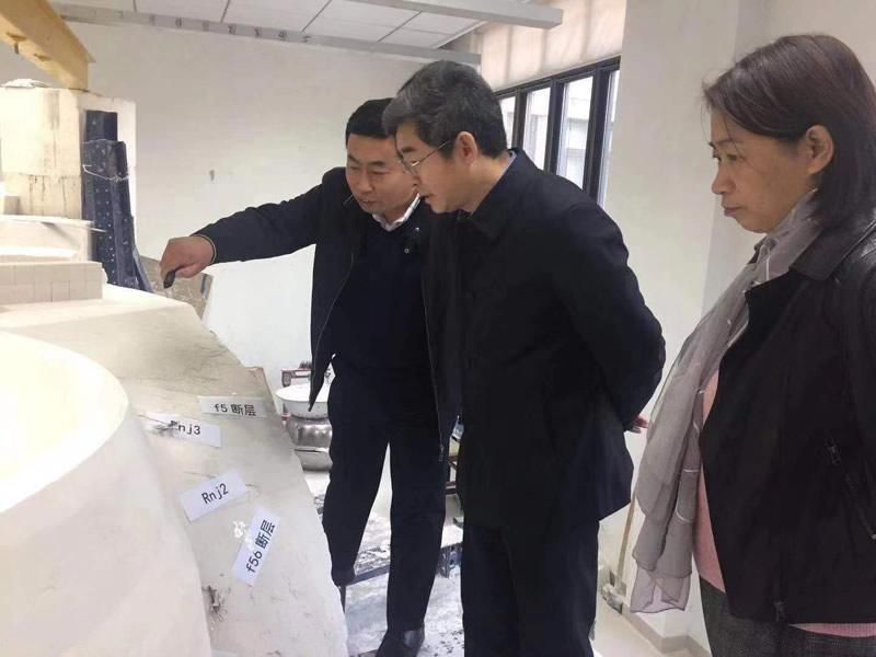 地质力学模型试验_东庄水利
